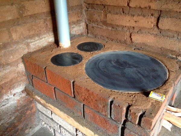 Estufas ecol gicas son impulsadas por pnud para ahorrar - Estufas para lena ...