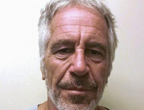 Un redactor del New York Times pidió a Epstein una donación de $30,000