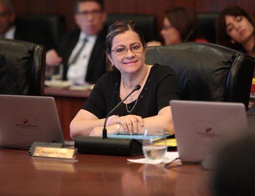 Gabinete aprueba ley referente a la erradicación del suicidio