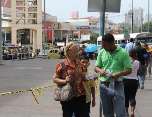 """Personal del MINSA, realizó un """"volanteo"""", en varios puntos de San Miguelito"""