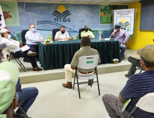 BDA dará financiamiento a pequeños productores del sistema de riego de las Lajas, Coclé