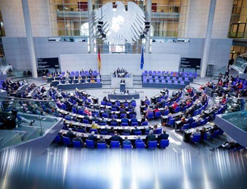Parlamento alemán apoya programas de compra de deuda del BCE.
