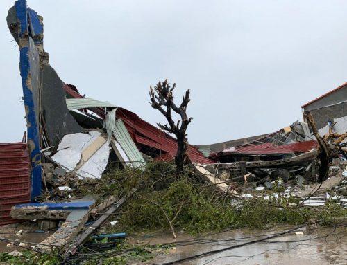Carrera contra reloj para salvar vidas tras paso de un ciclón en Mozambique y Zimbabue