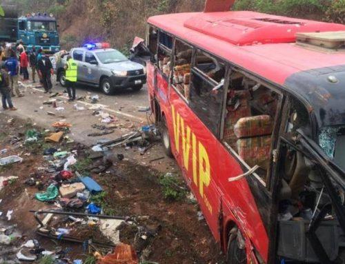 Unos 60 muertos en un choque entre dos autobuses en Ghana (policía)
