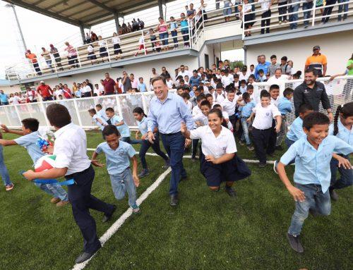 Nuevo Complejo Deportivo fue entregado por el Presidente Varela