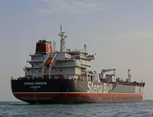 """Irán dice que retener el petrolero británico fue """"una medida legal"""""""