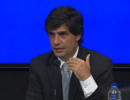 """Ministro Lacunza, recomienda una renegociación """"rápida y amigable"""" de la deuda de Argentina"""