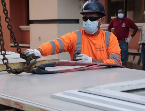 El Hospital Santo Tomás recibe infraestructuras para la atención previa ante el COVID-19